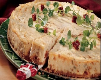 Havarti Peynirli ve Güneşte Kurutulmuş Domatesli Cheesecake