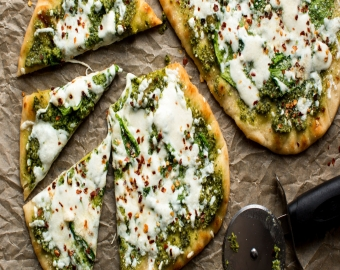 Cheesy Spinach Pesto Flatbread